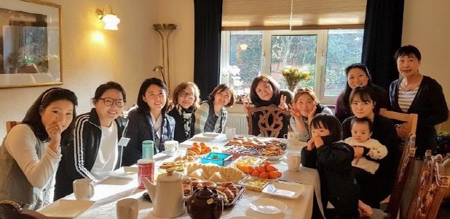 기획법회 후 지인들과 함께하는 행복한 차담시간 (2018년 11월)