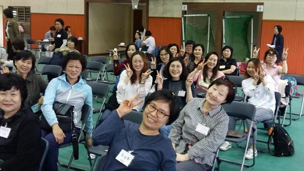 불교대학 도반들과 함께.
