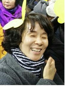 입재식에서 활짝 웃고 있는 김미환 님
