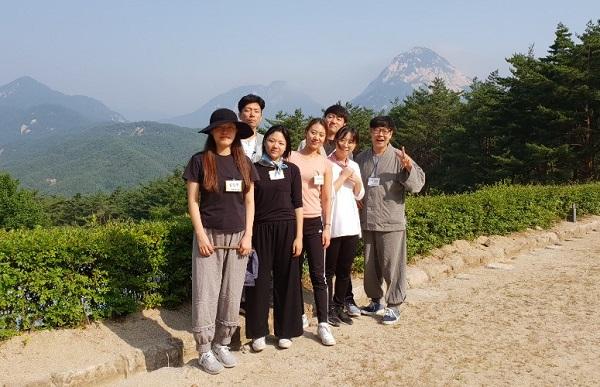 청년 불교대학 특강 수련(맨 오른쪽이 백창열 님)