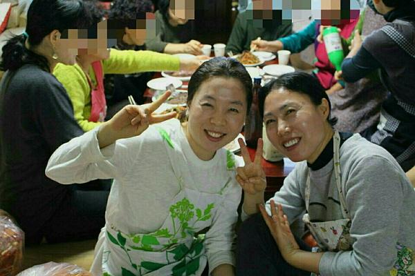 오른쪽이 김민정 님.