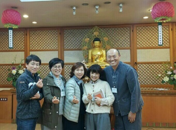 중앙이 이추경님, 오른쪽 끝이 김영록님